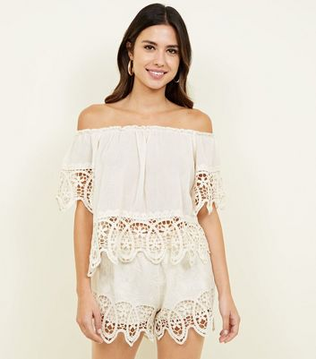 Cameo Rose Cream Crochet Trim Shorts