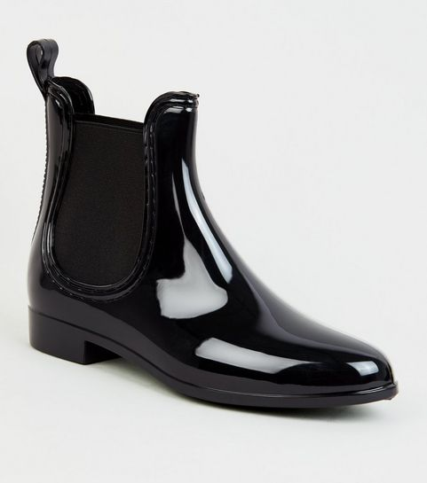 a9d5b256e5e ... Black Patent Chelsea Welly Ankle Welly Boots ...