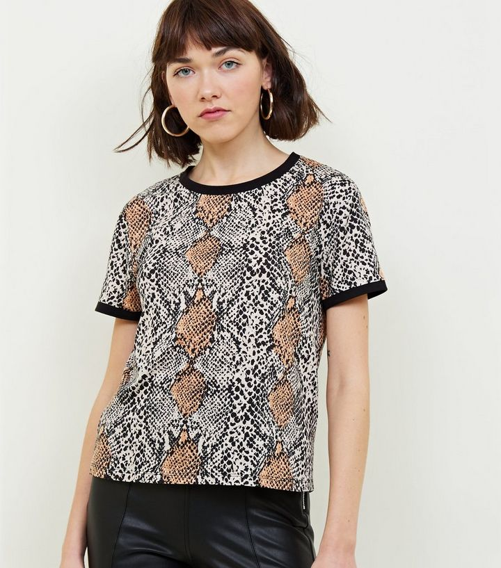 991551237 Black Snake Print T-Shirt | New Look