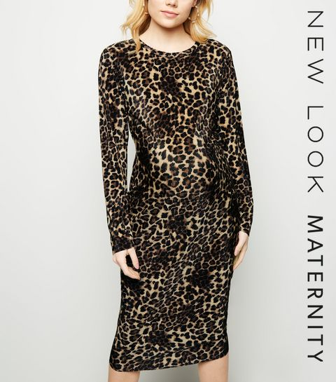 f0ff657d2de ... Maternity Brown Leopard Print Plissé Midi Dress ...