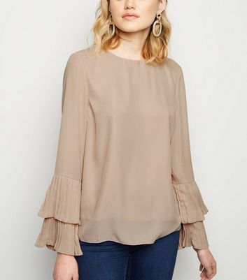 Pale Pink Pleated Tiered Sleeve Blouse