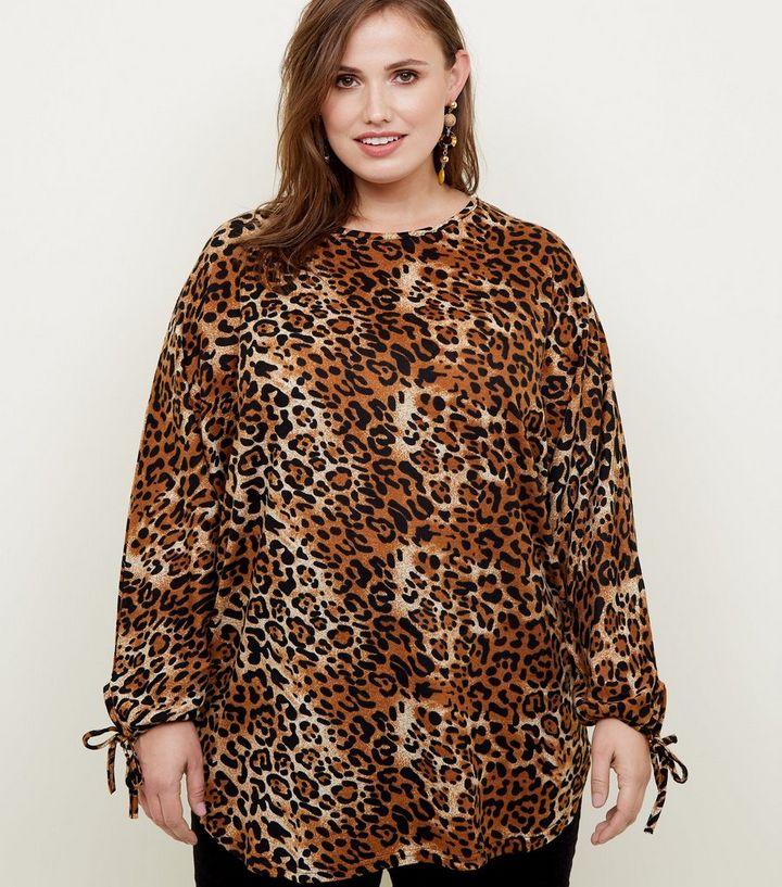 e3d47c275da6 Blue Vanilla Curves Brown Leopard Print Top   New Look