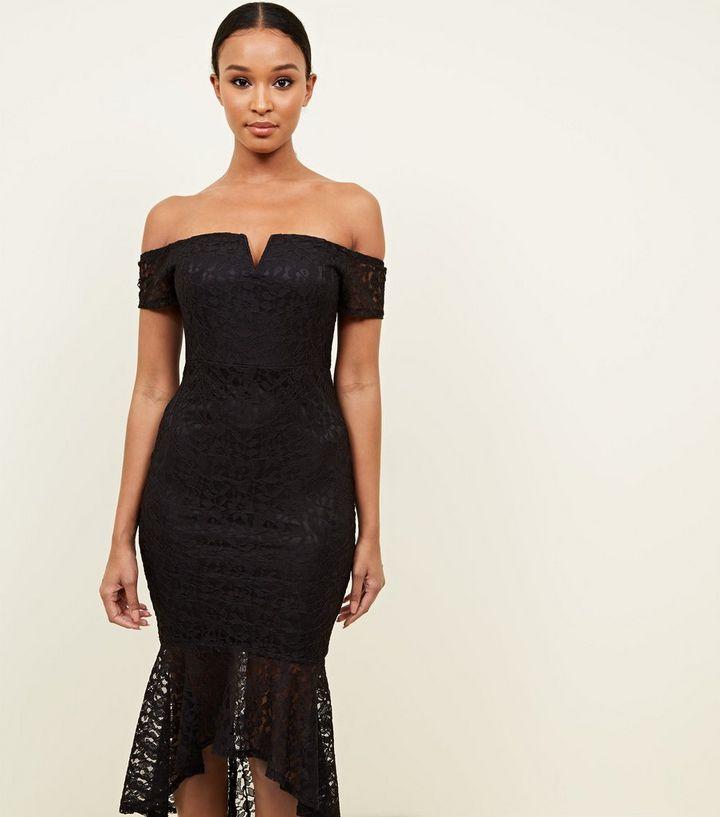 e810b9fe06b ... AX Paris - Robe mi-longue noire à col Bardot et queue de poisson. ×. ×.  ×. Shopper le look