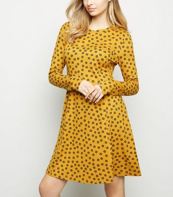 Tall Yellow Ditsy Floral Soft Touch Dress