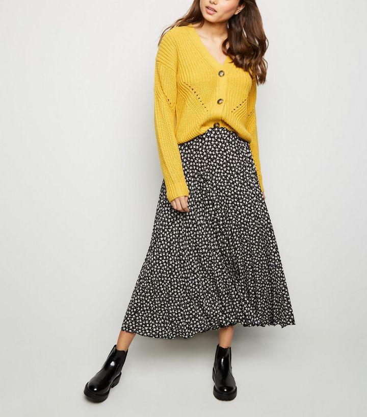 6baaf184a3e0 Black Ditsy Floral Pleated Midi Skirt