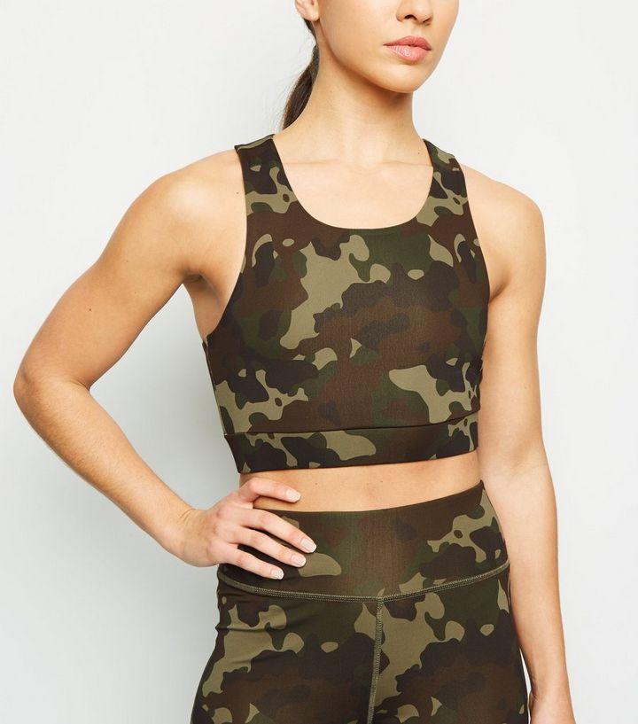 34f0e899e2af0 Brassière de sport kaki à motif camouflage   New Look