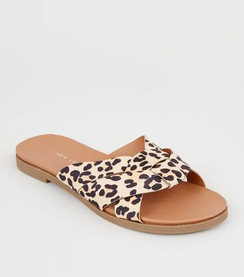 Wide Fit Stone Leopard Print Woven