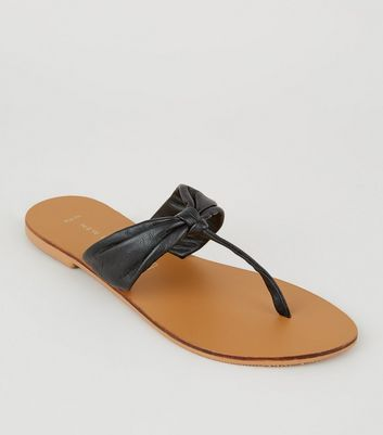 Wide Fit Black Leather Toe Post Sandals