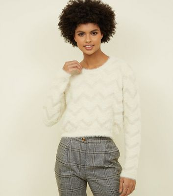 Cameo Rose White Zig Zag Fluffy Knit Jumper