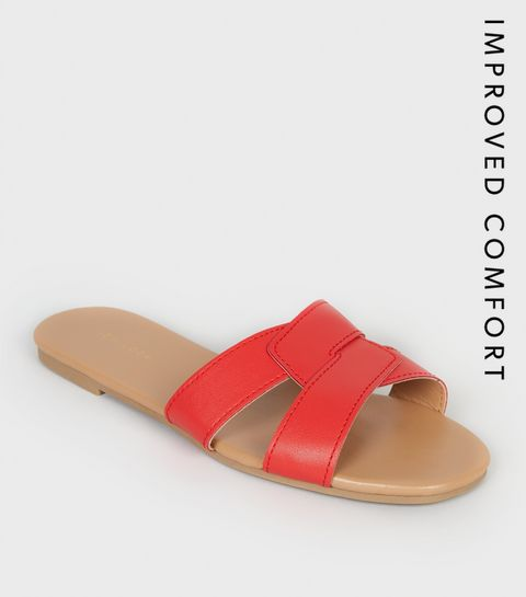 7775bb49d9965 ... Red Leather-Look Interlocked Strap Sliders ...