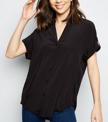 Black V-Neck Short Sleeve Shirt