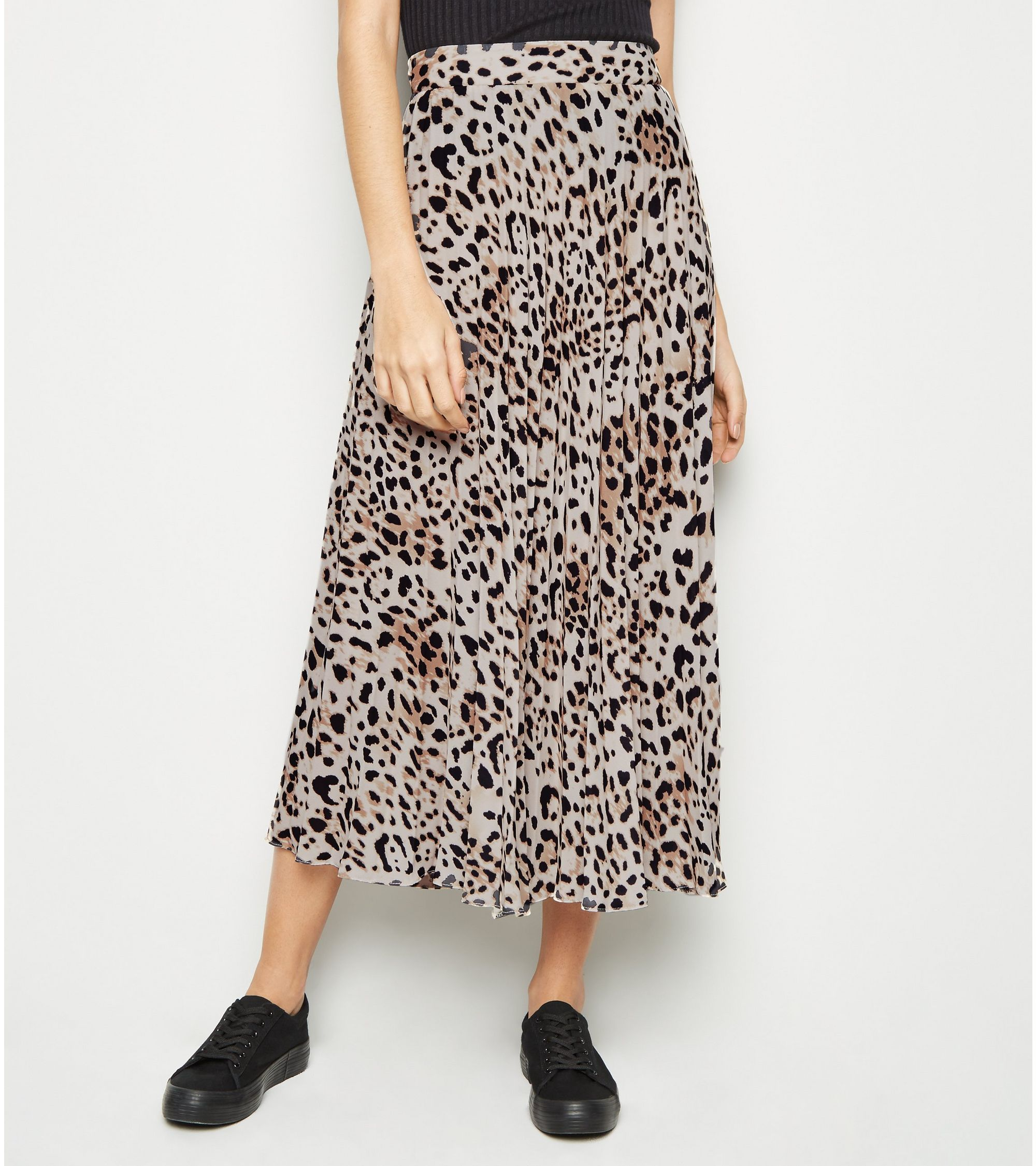 2019 clearance sale search for official lovely luster leopard print pleated midi skirt
