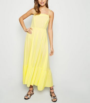 Pale Yellow Crinkle Tiered Hem Midaxi Dress