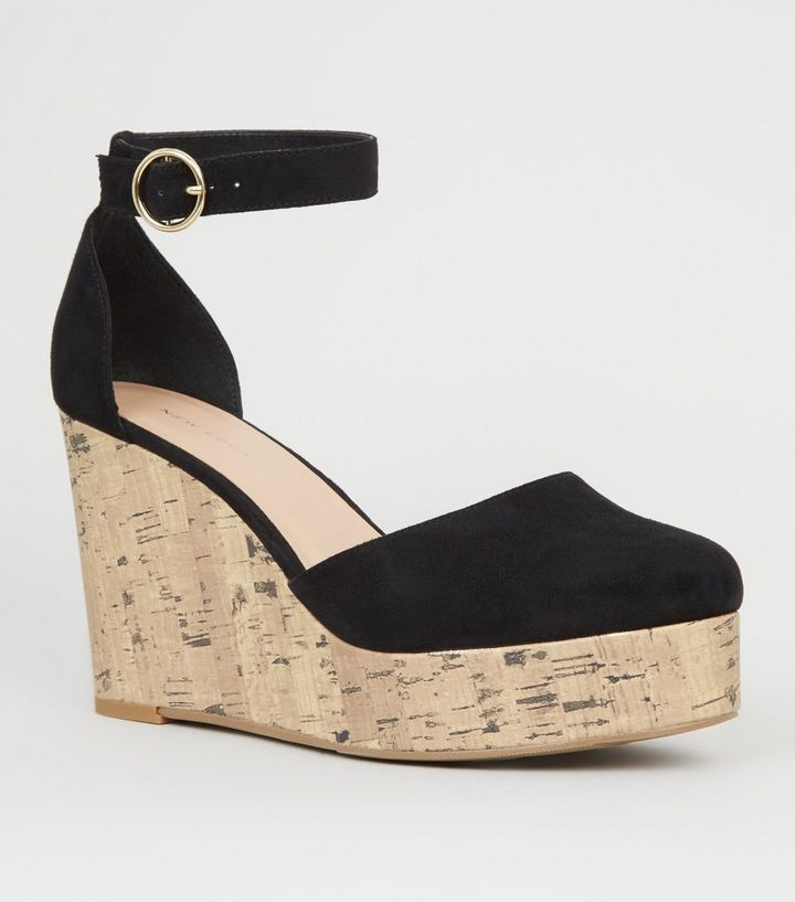 74204dda4 Chaussures noires en suédine à plateformes et talons compensés en liège  Ajouter à la Wishlist Supprimer de la Wishlist