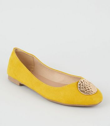 Wide Fit Mustard Hammered Circle Ballet Pumps
