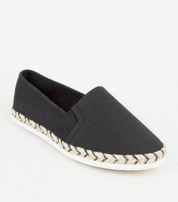 Wide Fit – Schwarze Espadrilles aus Canvas mit Metallic-Sohle
