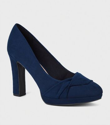 Wide Fit – Marineblaue Plateau-Pumps mit verdrehtem Detail vorne