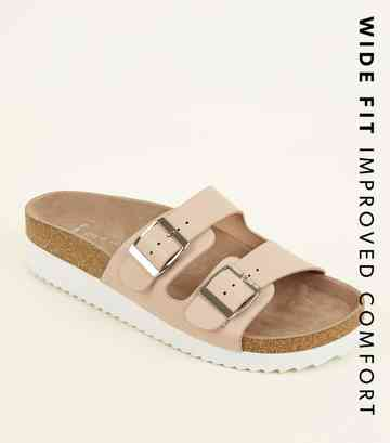 ec1acd323c Holiday Shoes | Holiday Footwear & Beach Sandals | New Look