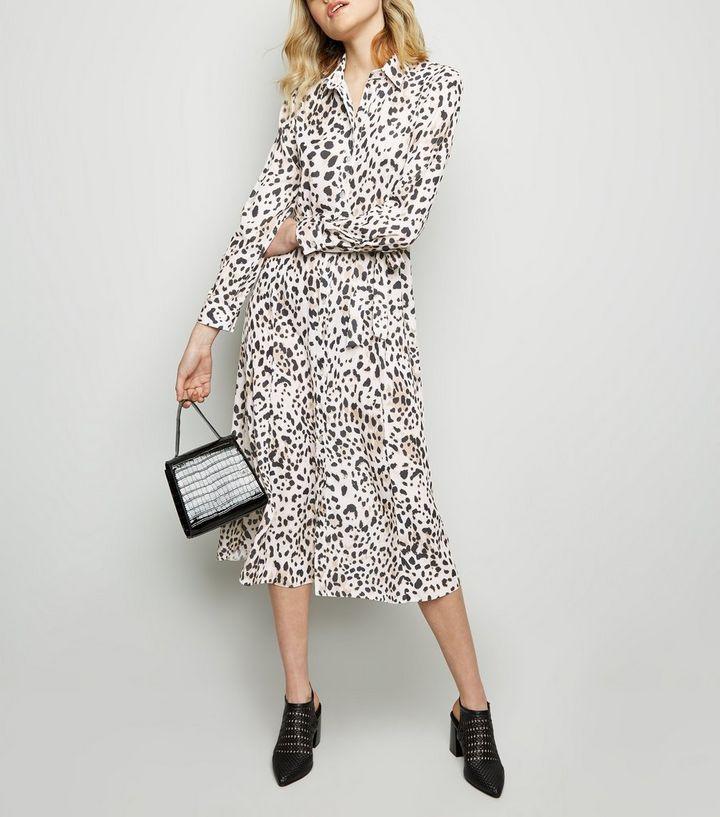 8537a70715b49 Brown Leopard Print Midi Shirt Dress