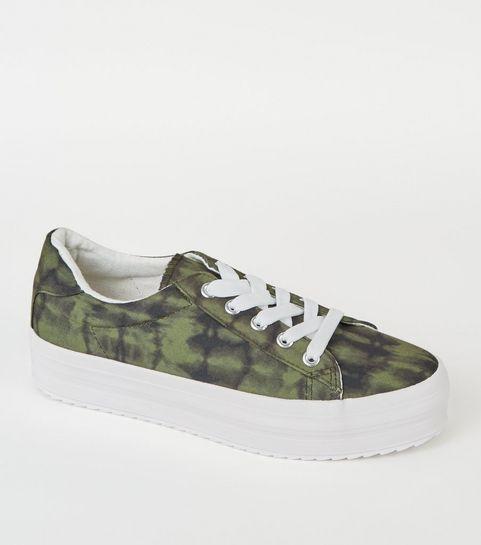 504574b93148 ... Green Camo Print Lace Up Flatform Trainers ...