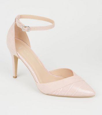 Wide Fit – Spitze Pumps in Nude