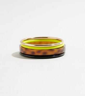 WANTED 4 Pack Yellow Neon Resin Bangles