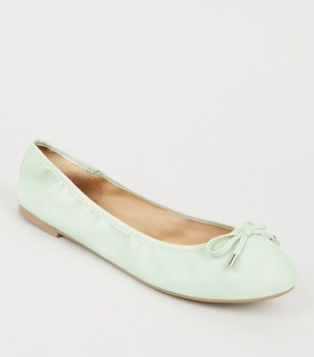 Wide Fit Mint Green Leather-Look Ballet Pumps