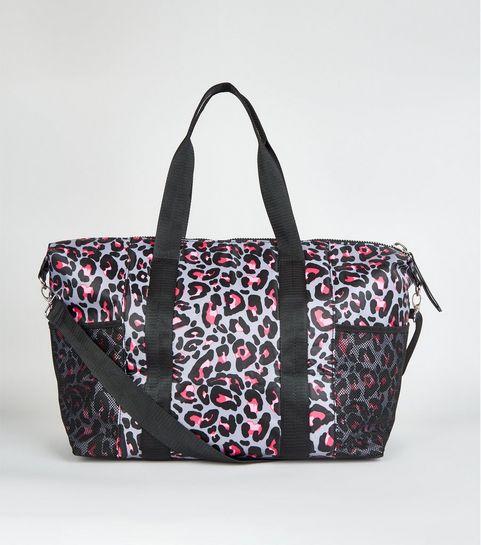 c5bf0f1590 ... Pink Leopard Print Holdall Bag ...