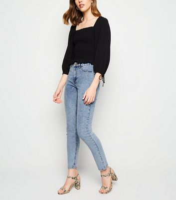 Jenna – Blaue Skinny Jeans in Acid-Waschung
