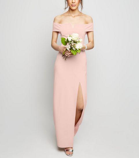 54b9d6171ea ... Robe longue rose pâle à col Bardot fendue sur le côté ...
