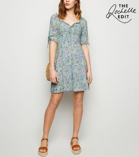 ... Green Ditsy Floral Lace Up Dress ... e30bcb17db3f