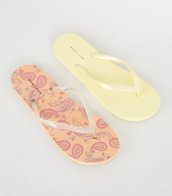 2 Pack Pink Paisley Print and Yellow Flip Flops