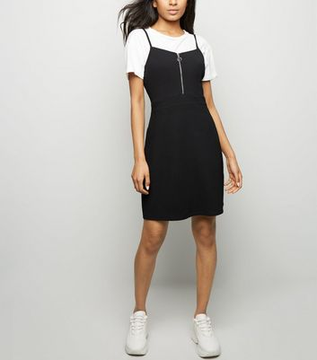 Petite Black Textured Zip Front Pinafore Dress