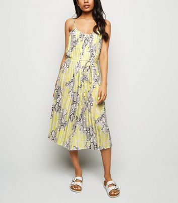 Petite Yellow Neon Snake Print Pleated Midi Dress
