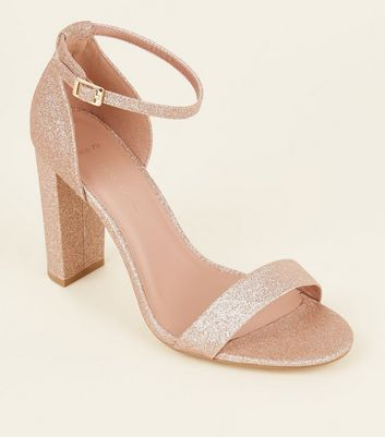 Wide Fit – Roségoldfarbene Glitzer-High Heels mit Blockabsatz