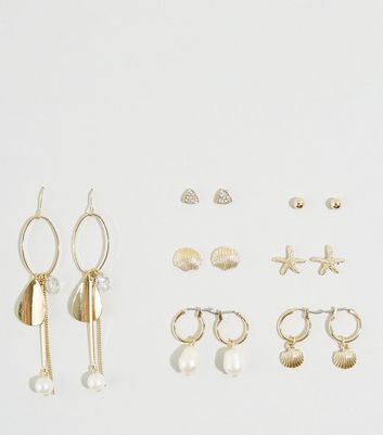 WATNED 7 Pack Gold Faux Pearl and Shell Earrings