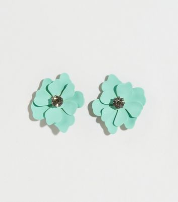 Mint Green Flower Stud Earrings