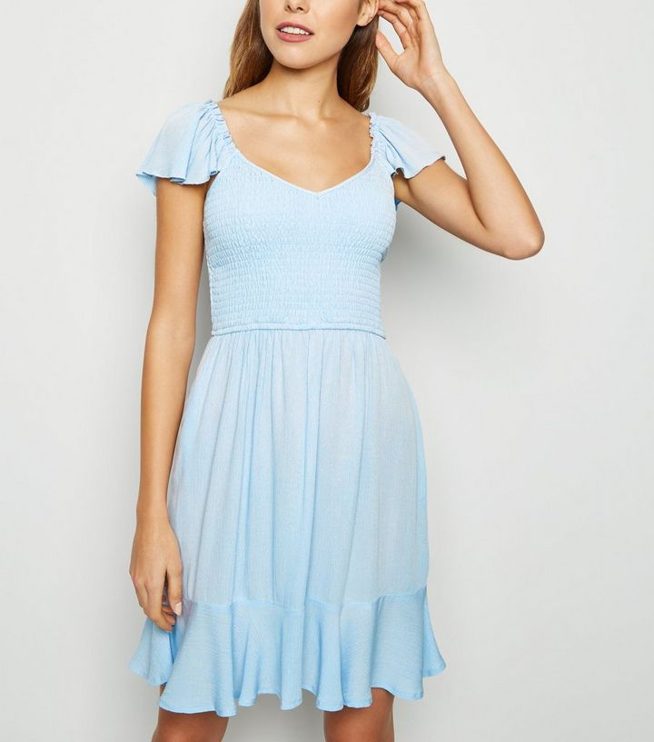 Robe Bleu Pale Froncee Style Paysanne New Look