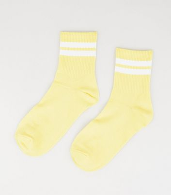 Pale Yellow Stripe Tube Socks