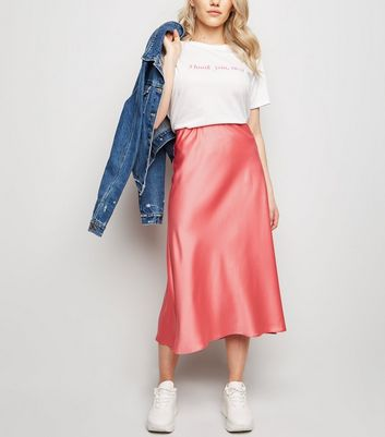 Petite Mid Pink Satin Bias Cut Midi Skirt