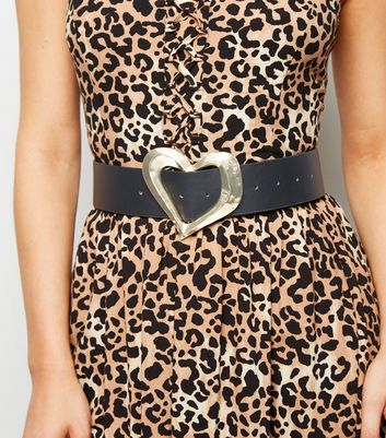 Black Metal Heart Waist Belt