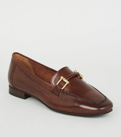363b0cb633e7 ... Brown Leather Bar Front Loafers ...