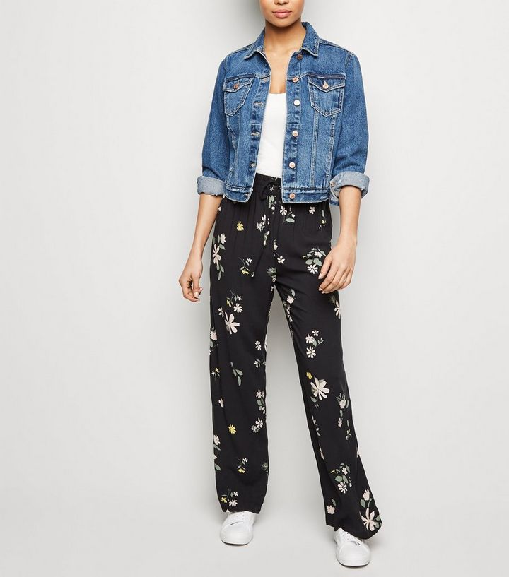 9731a6207f78 JDY Black Floral Wide Leg Trousers | New Look