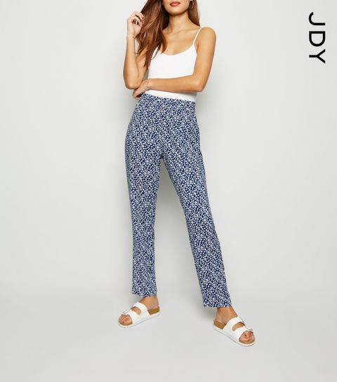 cdd711eb Printed Trousers | Patterned Trousers & Floral Trousers | New Look