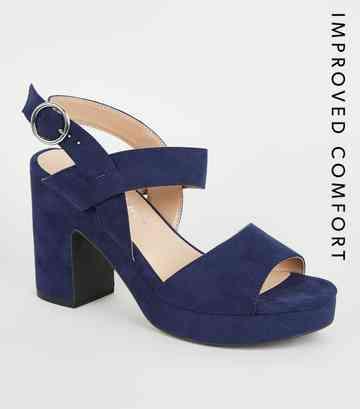 b511f30c5debf1 Chaussures en suédine bleu marine à talons blocs plateformes ...