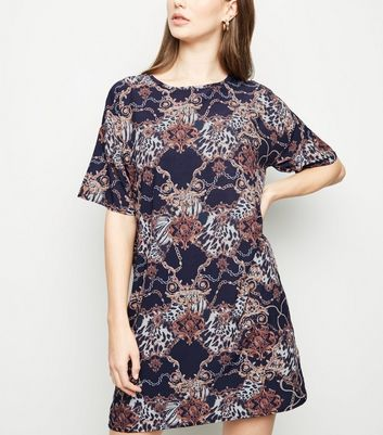 Black Animal Chain Print T-Shirt Dress