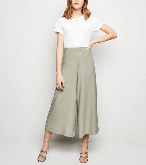 3e3e692e345 ... Light Green Wide Leg Crop Trousers ...