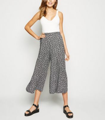 Black Ditsy Floral Crop Wide Leg Trousers