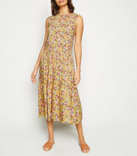 2f7d942147a5 ... Yellow Floral Print Tirered Smock Midi Dress ...