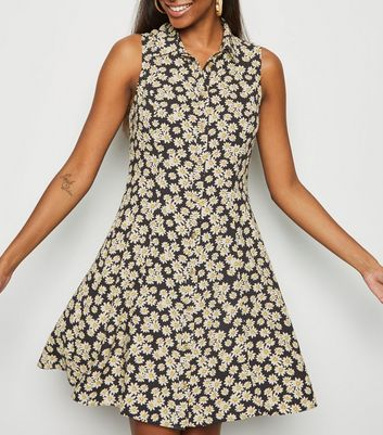 Black Daisy Print Sleeveless Shirt Dress
